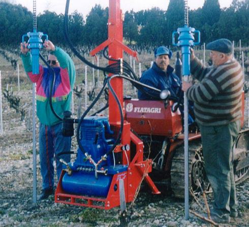 enfonce pieu Ariès 26 viticole d'ACF