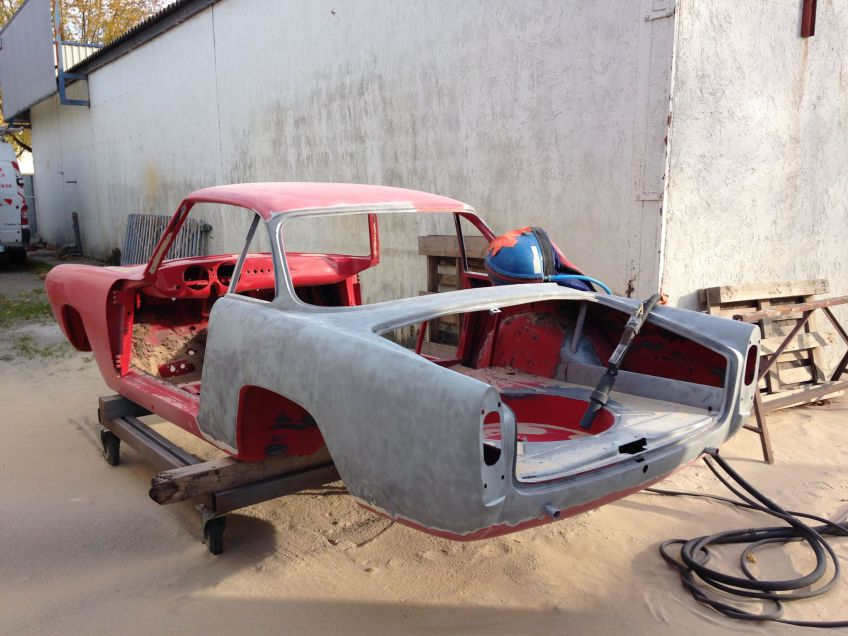 rénovation gommage carrosserie voiture AVEC AEROGOMMAGE acf